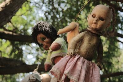 island_dolls-2