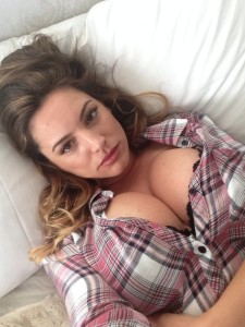 Kelly-Brook-Leaked-11-768x1024